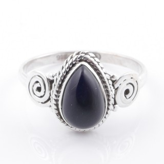 58605-16 STERLING SILVER 12 X 9 MM RING WITH ONYX SIZE 16