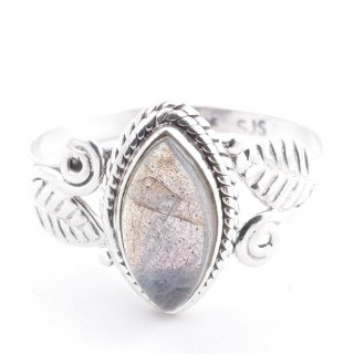 58620-19 STERLING SILVER 13 X 8 MM RING WITH LABRADORITE SIZE 19
