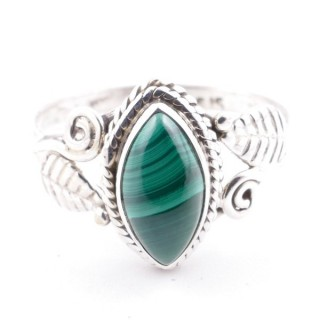 58621-16 STERLING SILVER 13 X 8 MM RING WITH MALACHITE SIZE 16