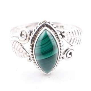 58621-17 STERLING SILVER 13 X 8 MM RING WITH MALACHITE SIZE 17