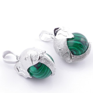 49007-06 PACK OF 2 FASHION JEWELRY METAL PENDANTS WITH 12 MM BEAD IN MALACHITE