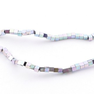 42645-04 40 CM STRING OF 2 MM CUBE SHAPED HEMATITE BEADS