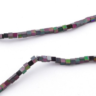 42645-06 40 CM STRING OF 2 MM CUBE SHAPED HEMATITE BEADS