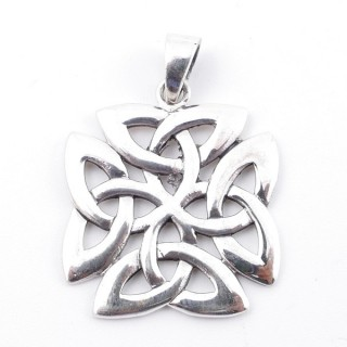 50274 STERLING SILVER 27 X 24 MM IN SHAPE OF TRIQUETRAS