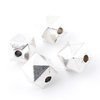 35555-01 PACK OF 7 FACETED METAL 10 MM CUBES WITH 2 MM HOLE