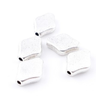 35555-44 PACK OF 20 RHOMBUS SHAPED 11 X 9 MM BEADS WITH SMALL HOLE