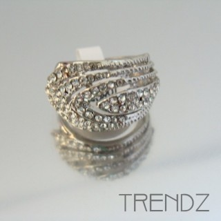 18865 SILVER SIZE 16 RHODIUM PLATED METAL & GLASS RING