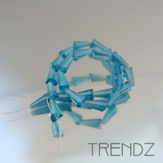 18708-05 STRING OF 25 FACETED GLASS 6 X 12 MM CONE BEADS
