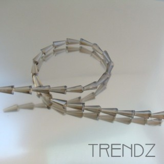 18708-06 STRING OF 25 FACETED GLASS 6 X 12 MM CONE BEADS