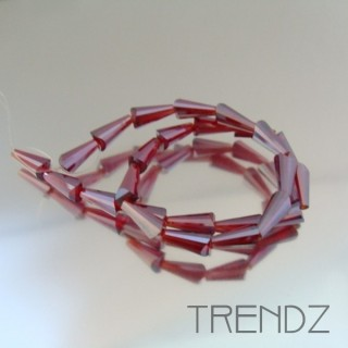 18708-07 STRING OF 25 FACETED GLASS 6 X 12 MM CONE BEADS