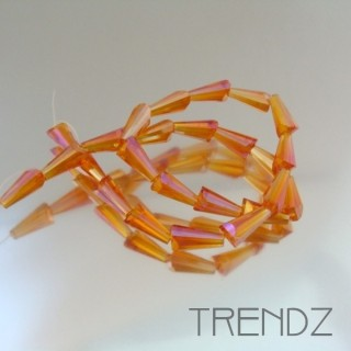 18708-13 STRING OF 25 FACETED GLASS 6 X 12 MM CONE BEADS