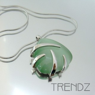 21123 RHODIUM PLATED NECKLACE WITH CAT'S EYE STONE