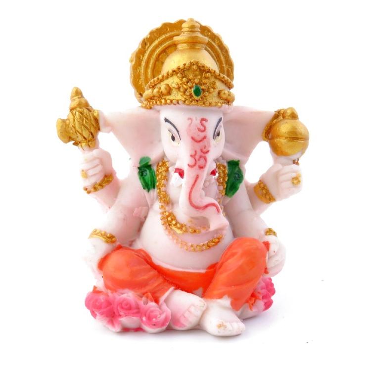 Entre las figuras esotéricas más importantes, se encuentra la de Buda, Ganesha o las representaciones de animales